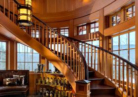 复古美式转角楼梯设计