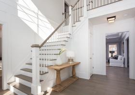 简洁北欧楼梯设计美图