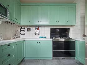 北欧薄荷绿厨房设计