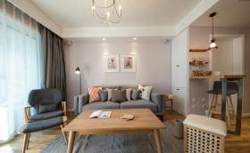 原木经典优质舒适客厅装修设计