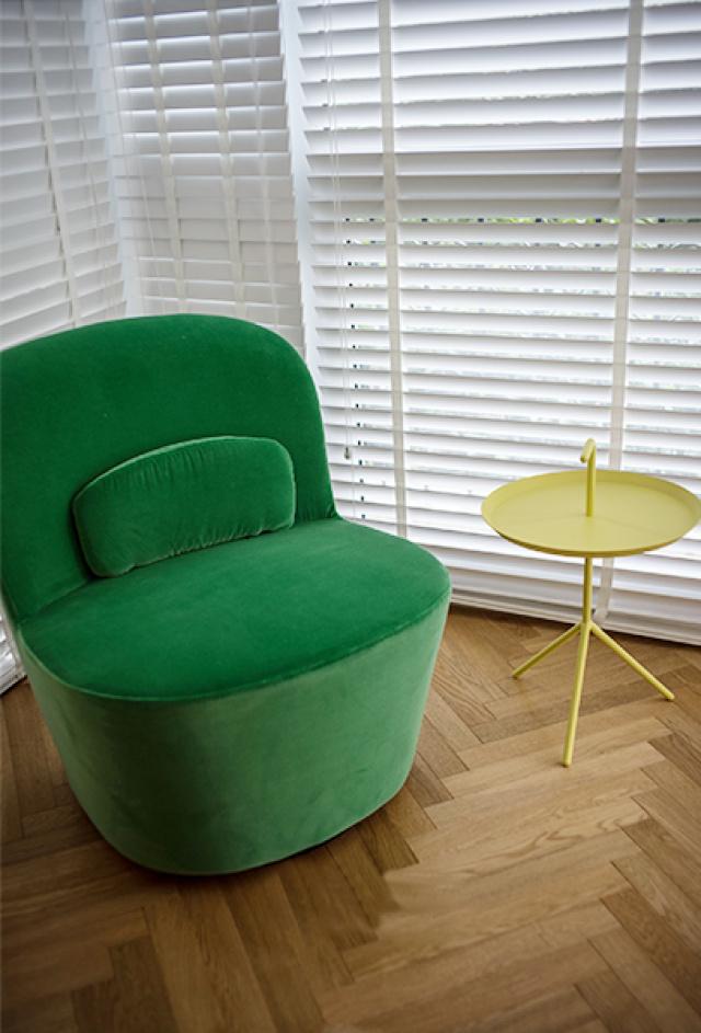 清新绿,柠檬黄,白纱窗,日子幽静而绵长。