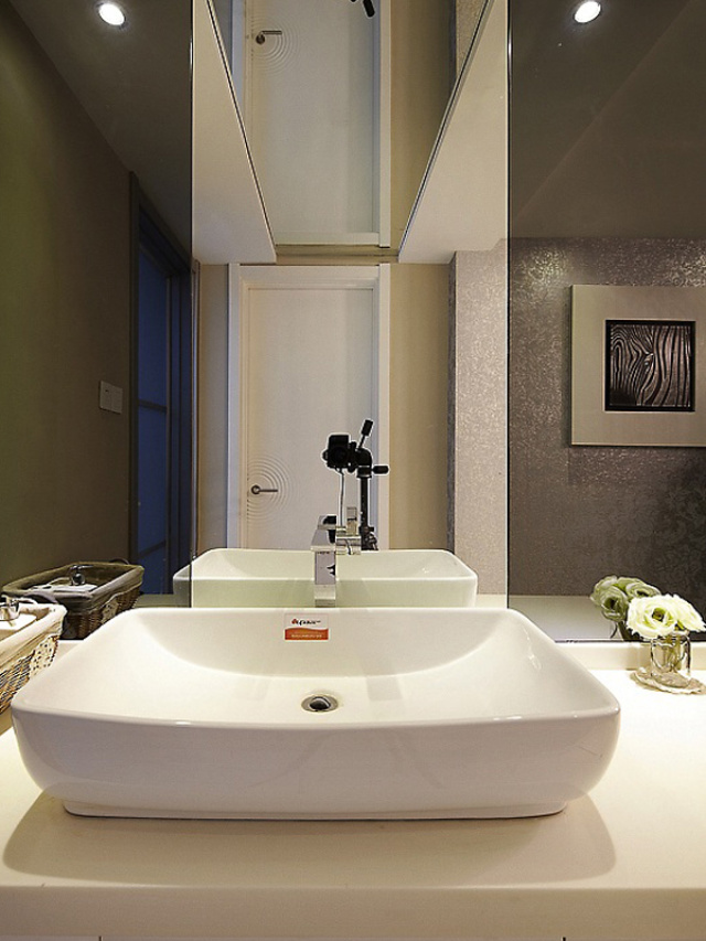 方形的洗手池,简单大方。