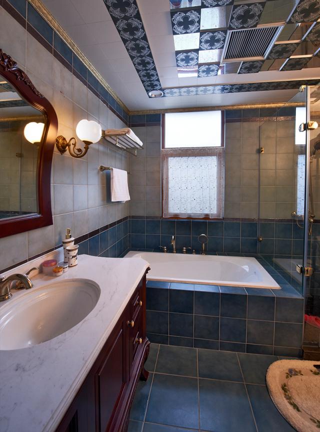 主卧配备的卫生间相对私密,可以毫无顾忌地选择安装浴缸,不怕需要频繁清洁。