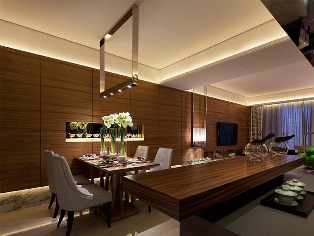 餐厅以多处小灯饰之,达到照明亮度要求的同时,避免了单盏大灯的晃眼弊端,用餐还是需要讲究浪漫氛围的呀~