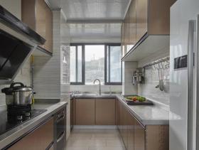 一字型狭长厨房设计