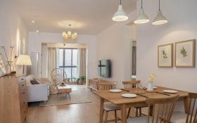 原木日式温和舒适餐厅设计