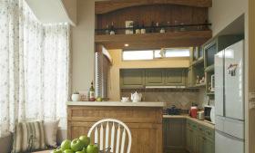 半开放式美式厨房吧台设计