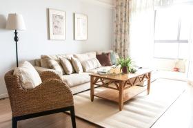 原木风日式客厅设计