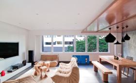 原木风经典优雅客厅装修设计