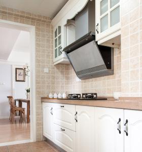 美式小户型直线型厨房设计
