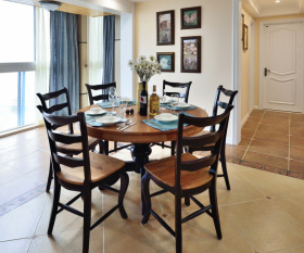 美式经典复古圆桌餐椅设计