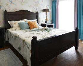 美式经典简约碎花卧室设计