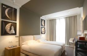 简约现代酒店式卧室设计