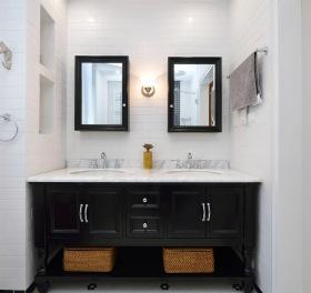 北欧清新浴室柜设计