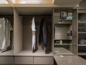 现代简约男性化衣柜设计