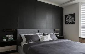 现代理性男性化卧室装修设计