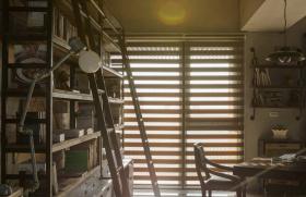 工业风书房书架设计
