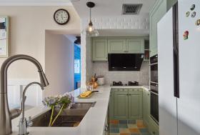 经典美式简约L型开放式厨房设计