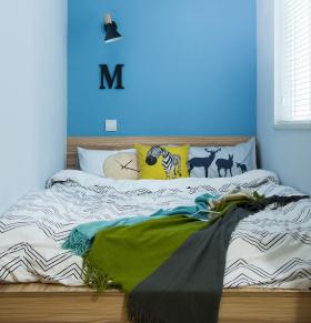 小户型年轻时尚卧室设计