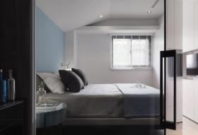 简约舒适男性卧室装修设计