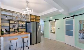 薄荷色系开放式吧台厨房设计