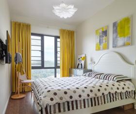 简约明黄色卧室设计