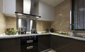 美式经典L型厨房装修设计