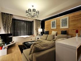 原木之风两居室装潢案例