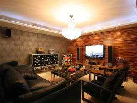 原木现代三居室装潢案例