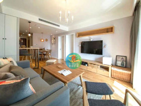 116平古朴原木风日式简约风格两室一厅装潢设计