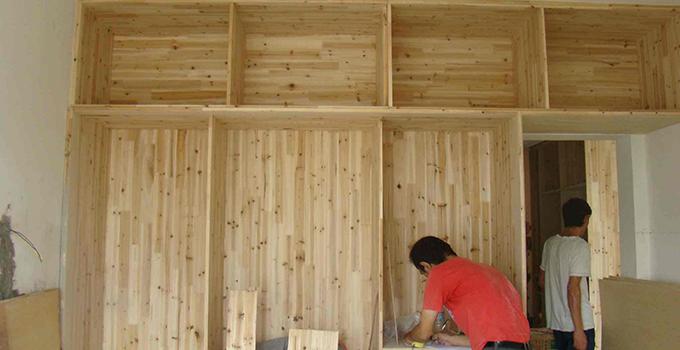 不同家具的木工安装