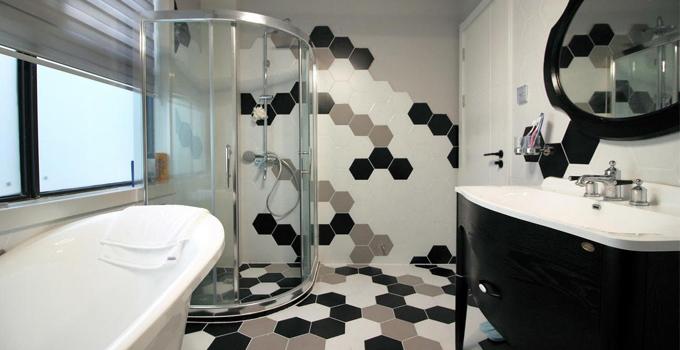 瓷砖这样选,卫生间干净又安全!