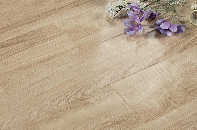 别心疼你的实木地板,划痕修复有四招